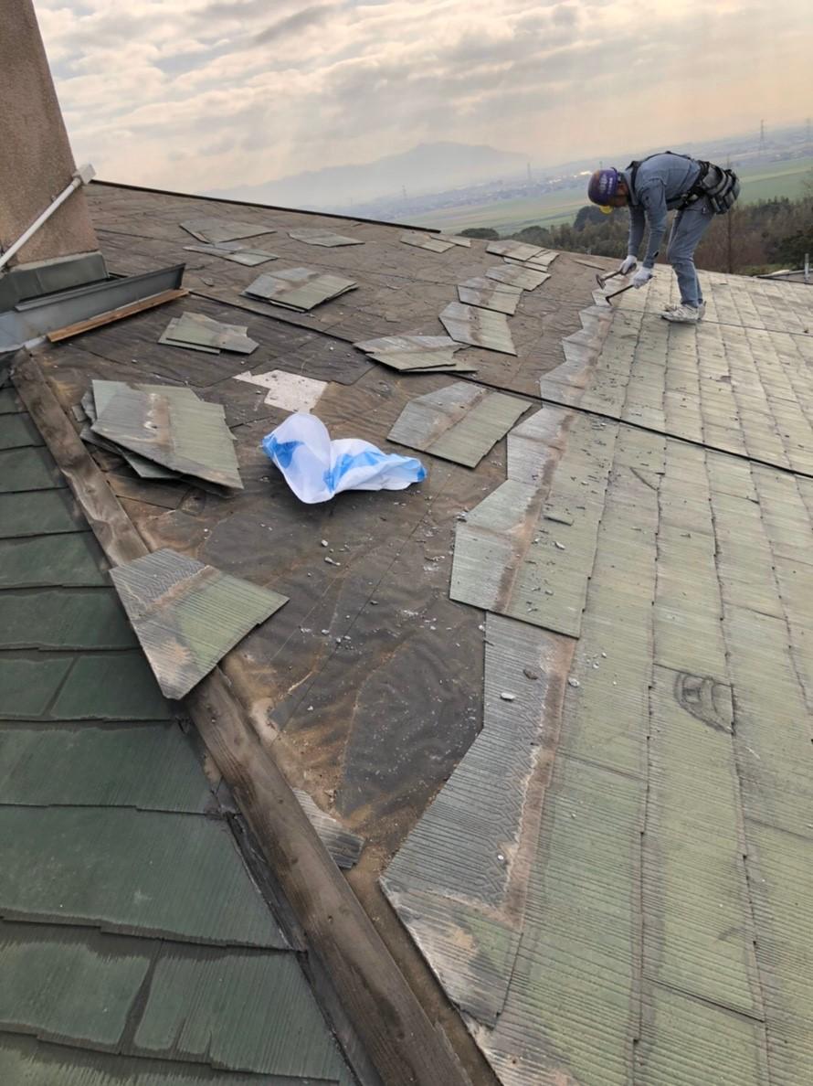傷んだ屋根の撤去