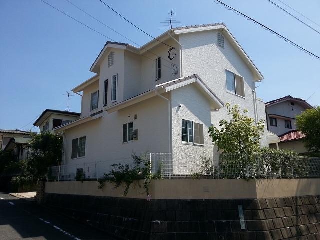 外壁塗装後の住宅