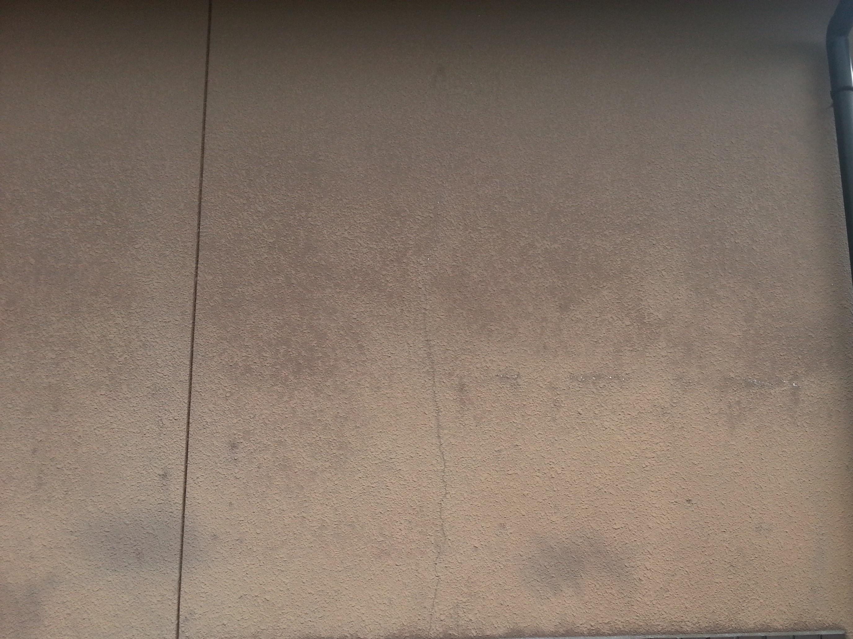 ベージュ壁塗装前