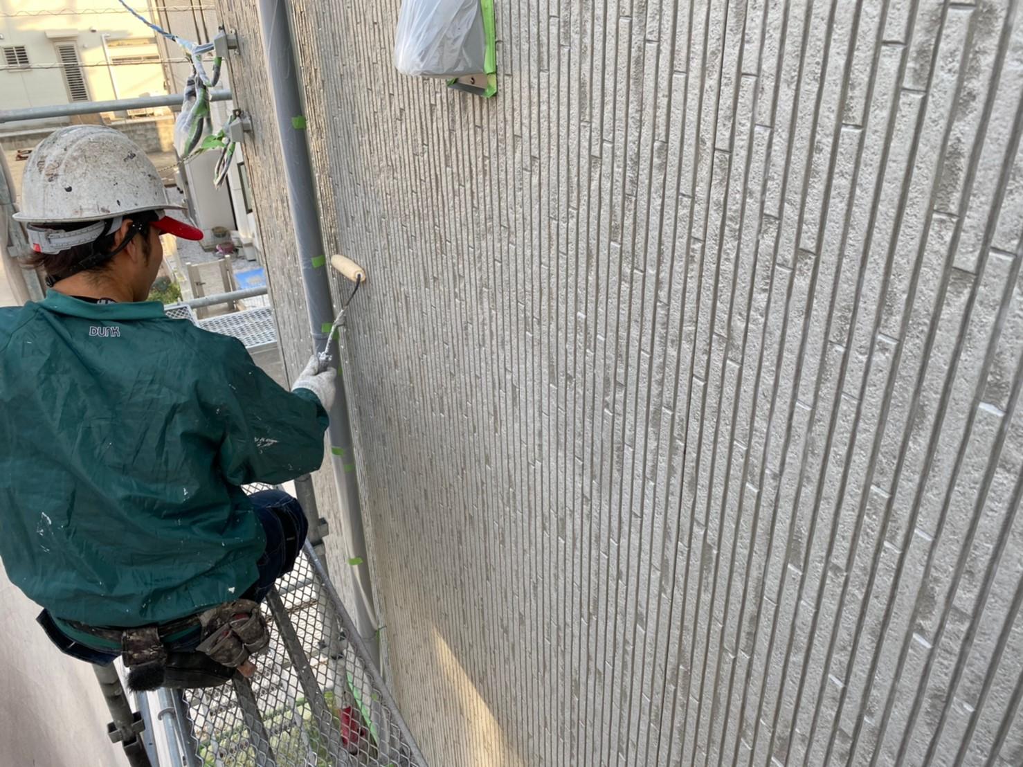 w様邸外壁下塗り2