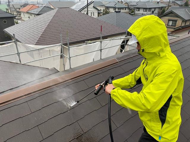 K様邸屋根洗浄②